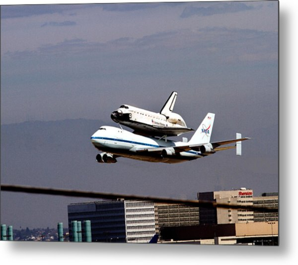 The Endeavor And Her 747 Final Landing At Lax Metal Print