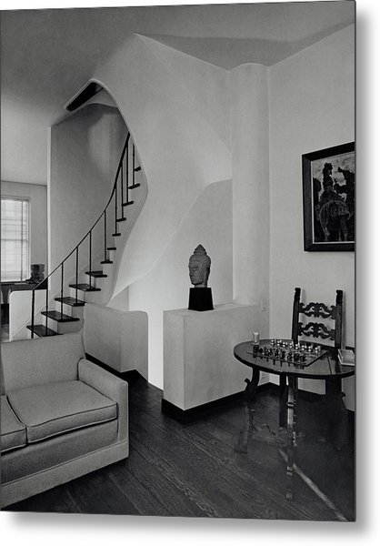 The Interior Of A Manhattan House Metal Print by Tom Leonard