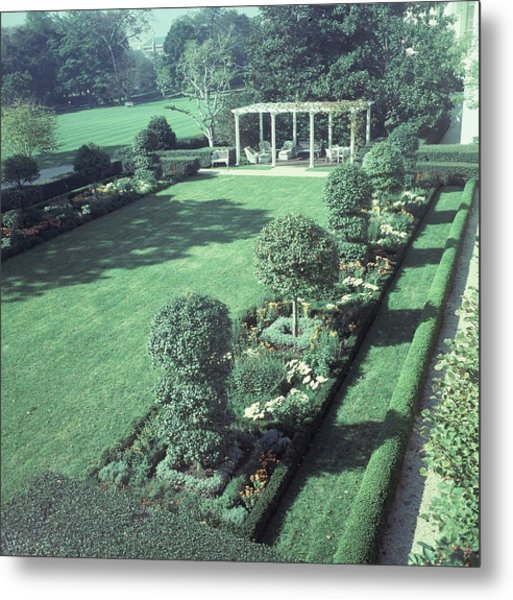 The Jacqueline Kennedy Garden At The White House Metal Print by Horst P. Horst
