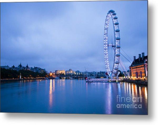 The London Eye Dawn Light Metal Print by Donald Davis