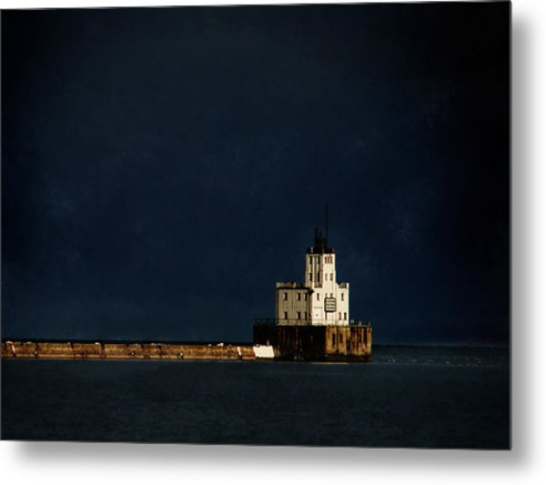 The Milwaukee Breakwater Lighthouse Metal Print by David Blank