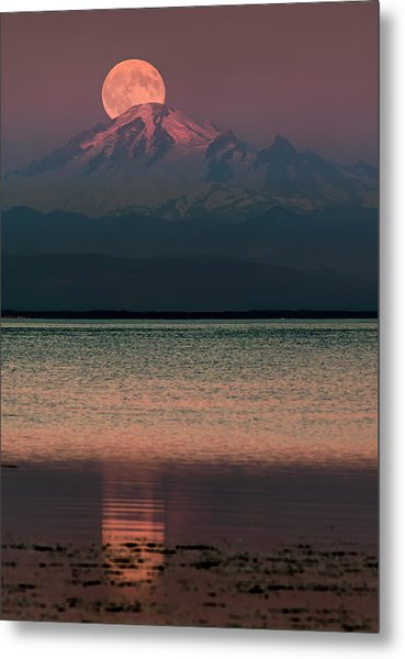 The Moon Over Mount Baker Metal Print