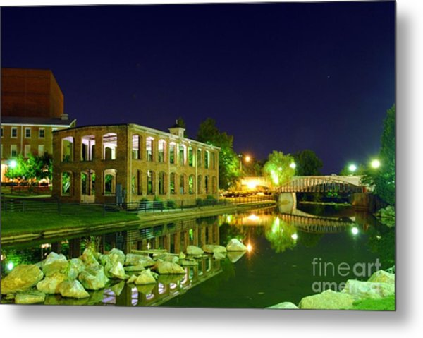 The Old Carriage House In Downtown Greenville Sc Metal Print