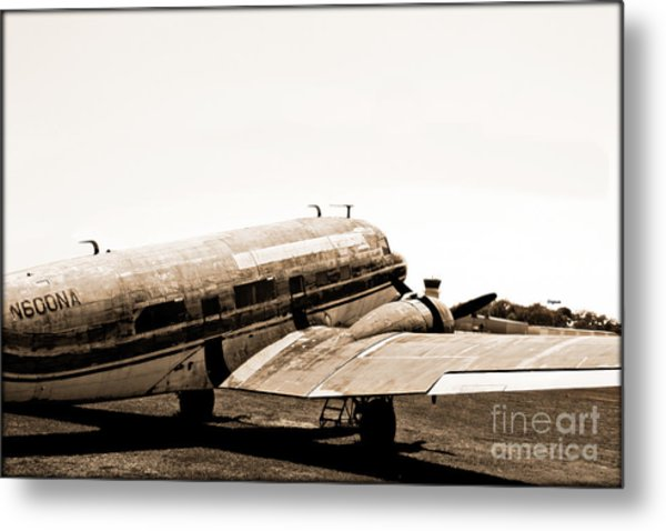 The Old Dc3 Metal Print by Steven Digman