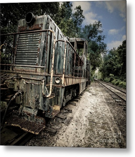 Metal Print featuring the photograph The Old Workhorse by Edward Fielding