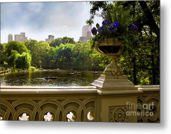 The Park On A Sunday Afternoon Metal Print