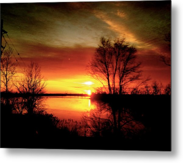 The Sunset Amherstburg On Metal Print by Pretchill Smith