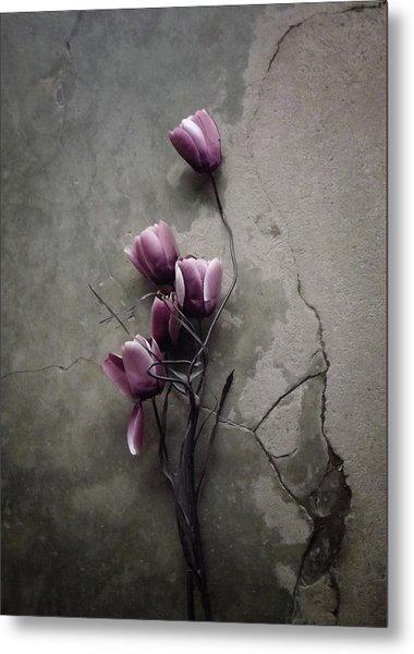 The Tulip Metal Print by Kahar Lagaa