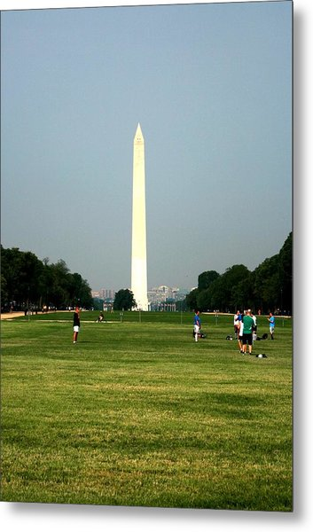 The Washington Monument Metal Print by Jeanette Rode Dybdahl