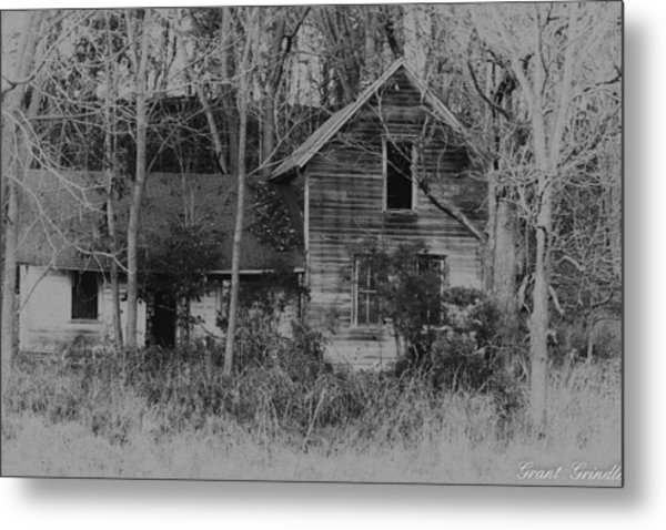 Time Remembered... Metal Print by Grant Grindle