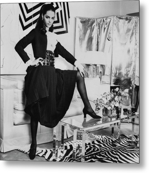 Tina Aumont In A Living Room Metal Print