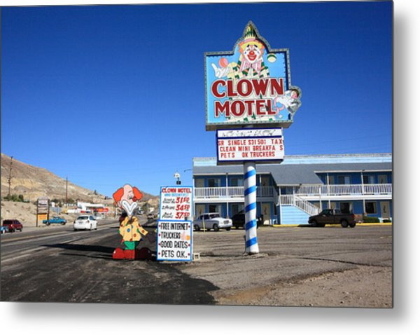 Tonopah Nevada - Clown Motel Metal Print