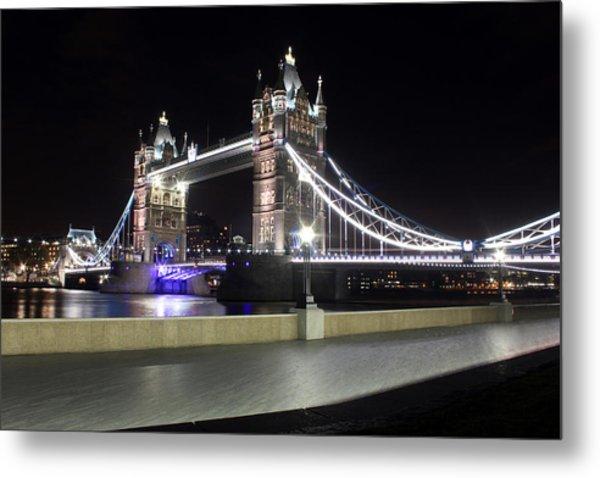 Tower Bridge London Metal Print by Dan Davidson