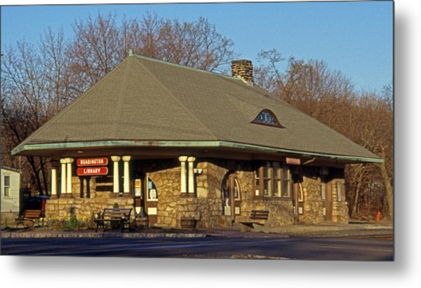 Train Stations And Libraries Metal Print