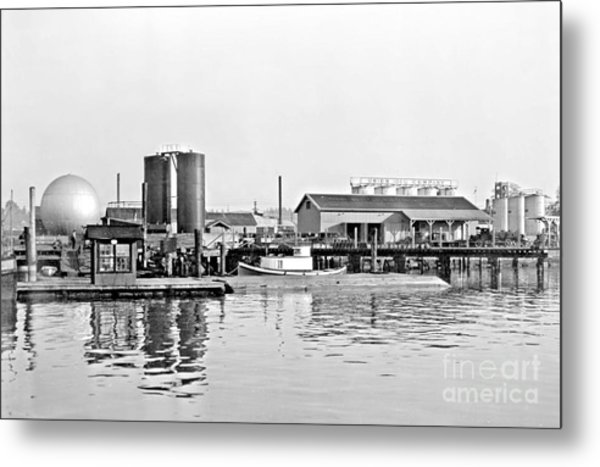 Tug Boat On The Waterfront Metal Print