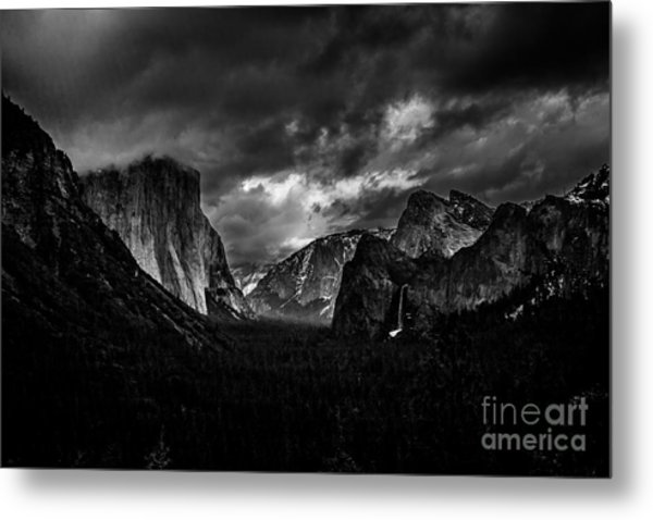 Tunnel View Metal Print