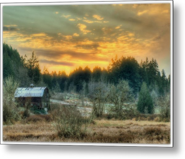 Twilight In The Valley Metal Print