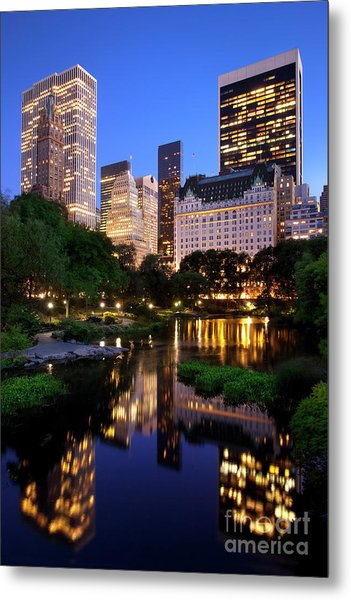 Metal Print featuring the photograph Twilight Nyc by Brian Jannsen