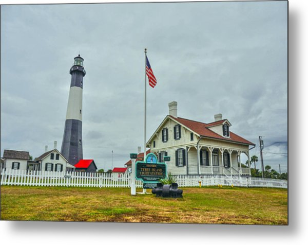 Tybee Island Lighthouse Metal Print by Donnie Smith