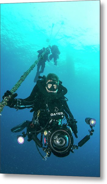 Underwater Cameraman Metal Print