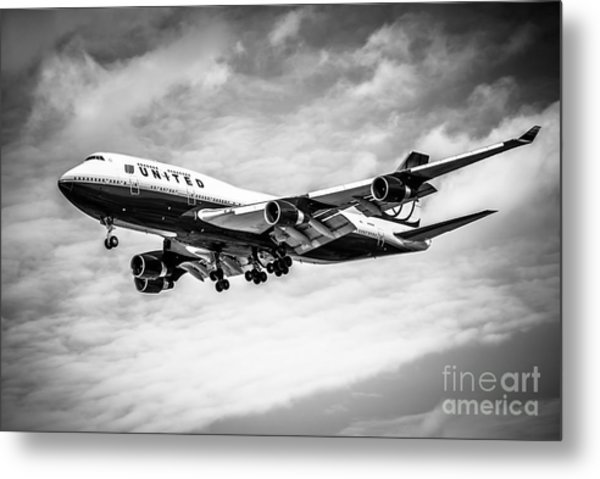 United Airlines Airplane In Black And White Metal Print
