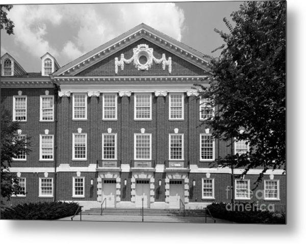 University Of Delaware Wolf Hall Metal Print