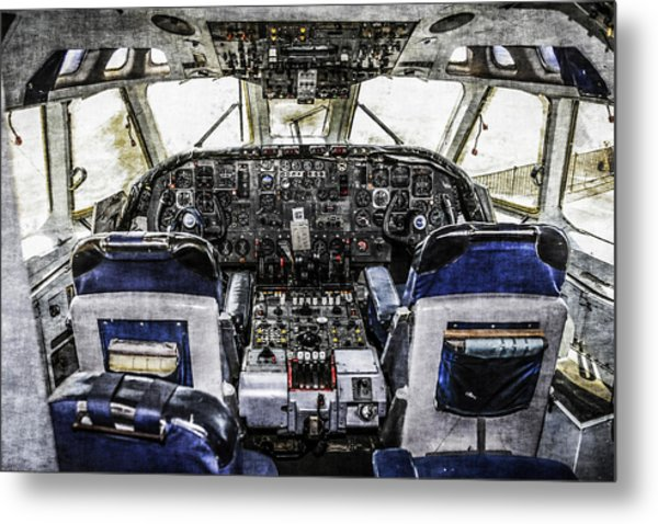 Vc10 Flight-deck Metal Print
