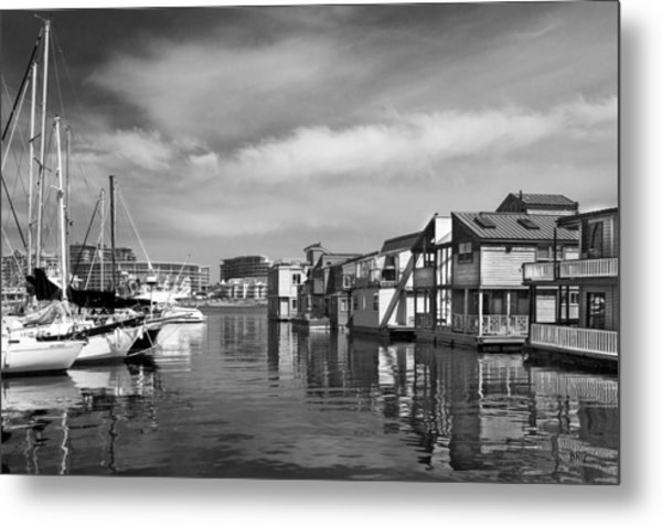 Veiw Of Marina In Victoria British Columbia Black And White Metal Print