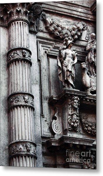Venetian Statues Metal Print by John Rizzuto