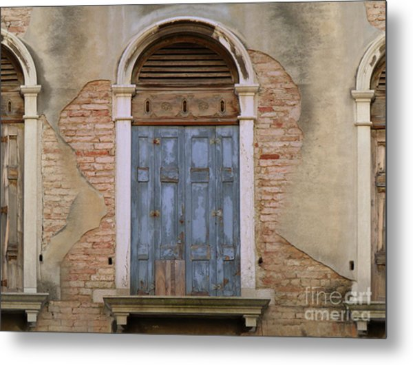 Venice Arched Bblue Shutters Horizontal Metal Print