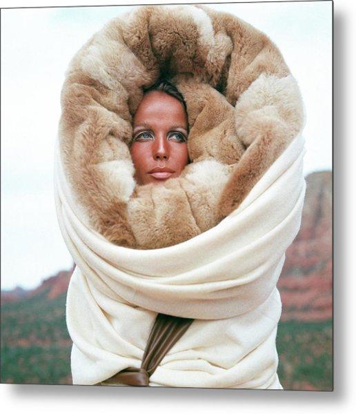 Veruschka Von Lehndorff Wearing A Fur Wrap Metal Print