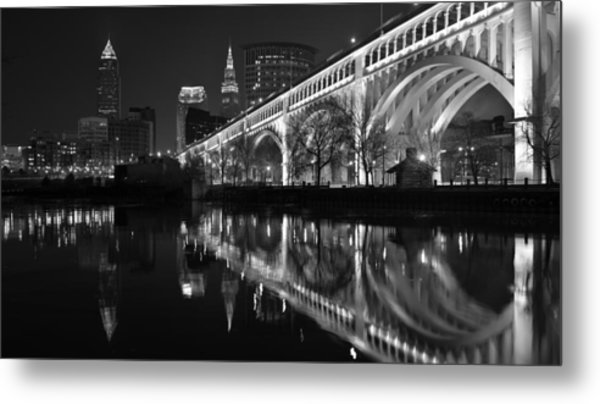 Veterans Memorial Reflections Metal Print