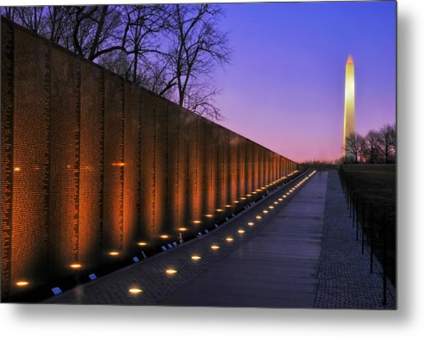 Vietnam Veterans Memorial At Sunset Metal Print