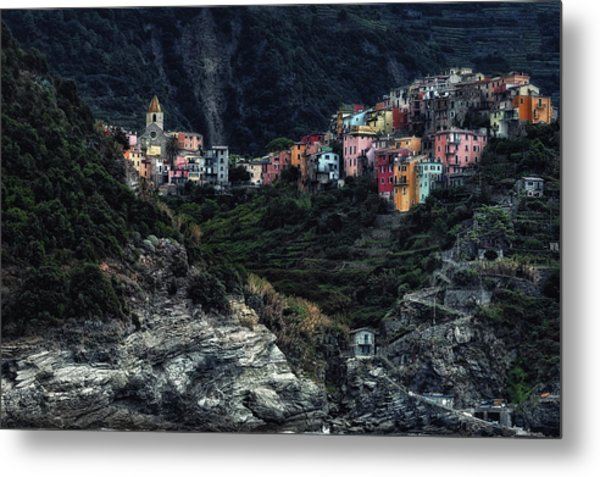 Village  -on The Rocks- Metal Print