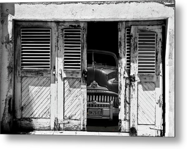 Vintage Buick Eight Metal Print by Larry Butterworth