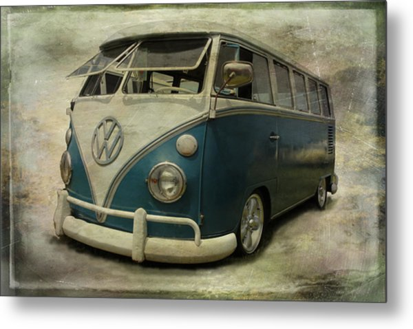Vw Bus On Display Metal Print