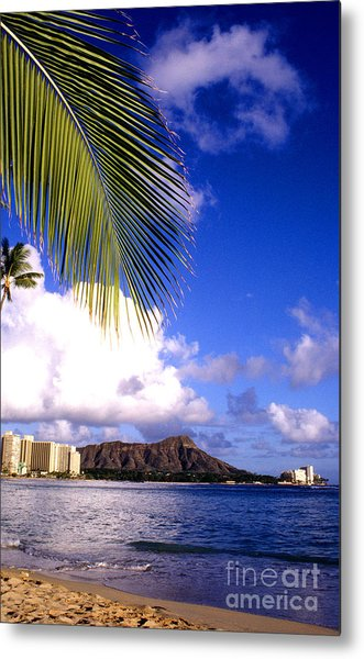 Waikiki Beach Diamond Head Metal Print