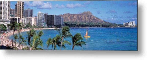 Waikiki Beach, Honolulu, Hawaii, Usa Metal Print
