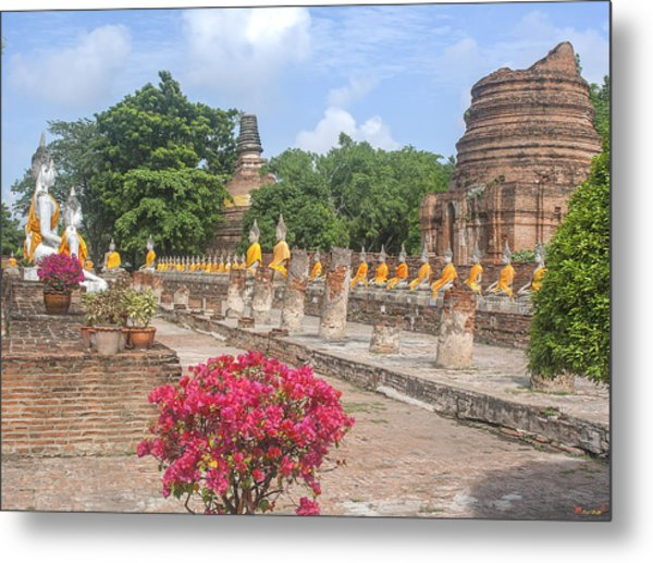 Wat Phra Chao Phya-thai Buddha Images And Ruined Chedi Dtha004 Metal Print