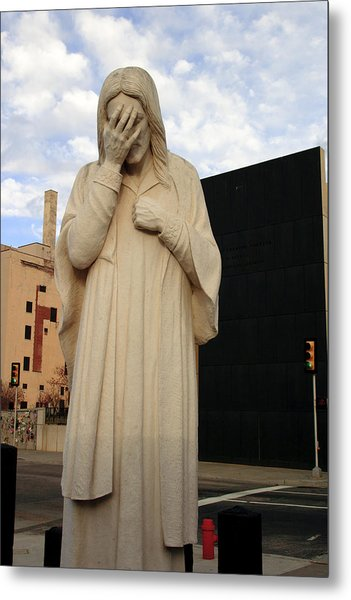 Weeping Jesus Statue In Oklahoma City Metal Print