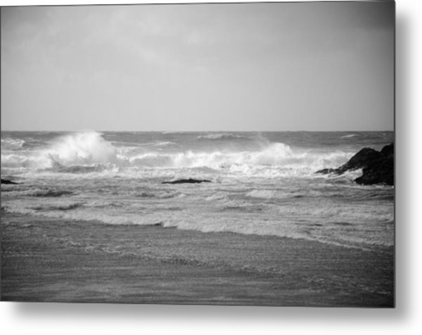 Wind Blown Waves Tofino Metal Print