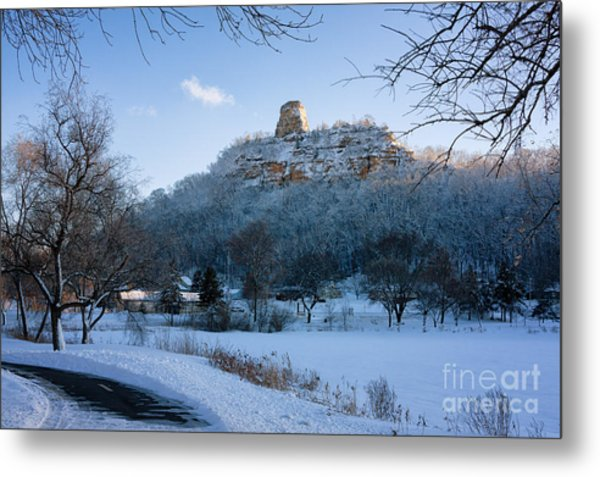 Metal Print featuring the photograph Winter Sugarloaf At East Lake by Kari Yearous