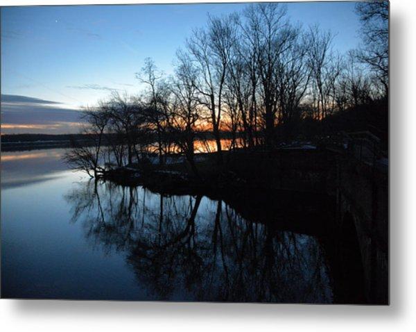 Winter Sunset On Potomac River Metal Print by Bill Helman