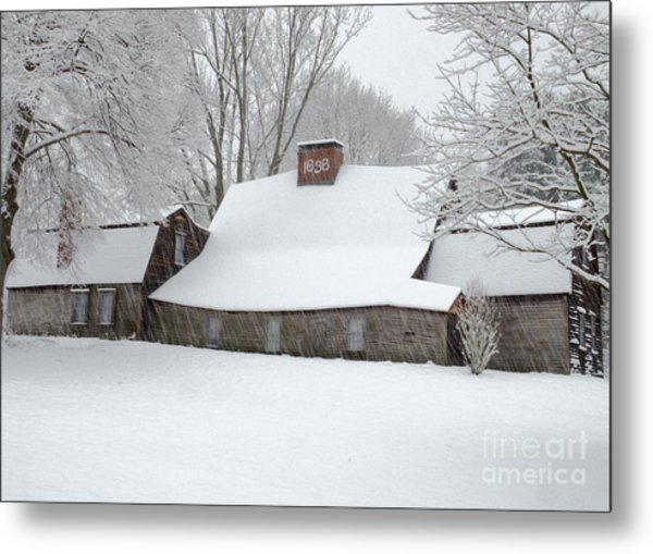 Winter At The Fairbanks Metal Print