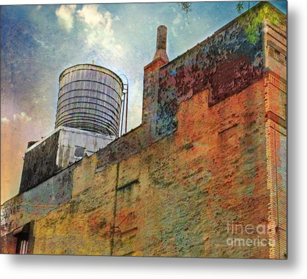 Wooden Water Tower New York City Roof Top Metal Print