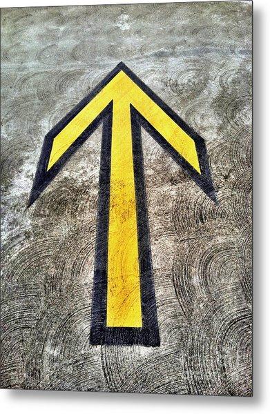 Yellow Directional Arrow On Pavement Metal Print