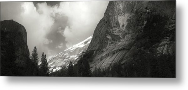 Yosemite - Mike Hope Metal Print