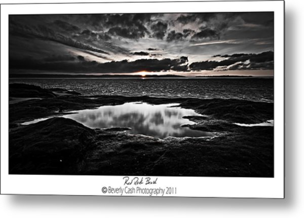 Red Rock Beach   Metal Print
