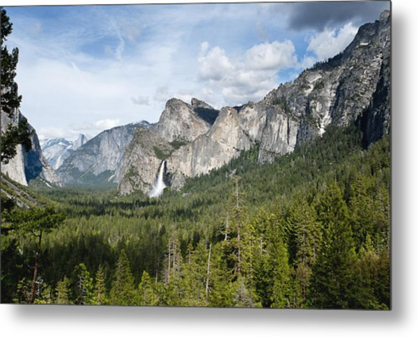 Bridal Veil Falls From Tunnel View Metal Print