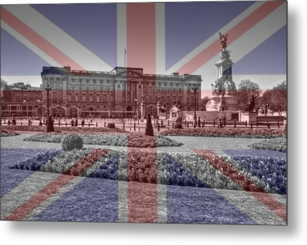 Buckingham Palace London Metal Print by David French